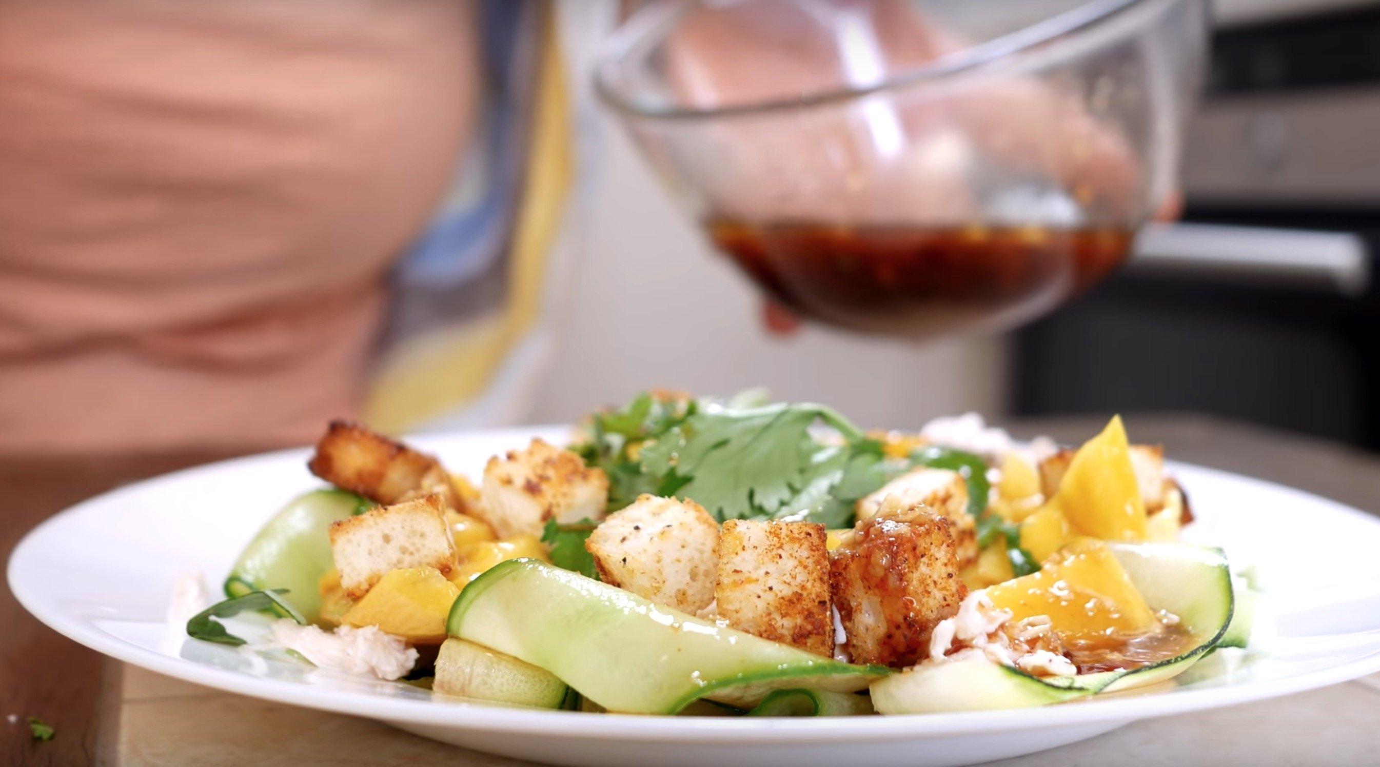 готовый салат с манго