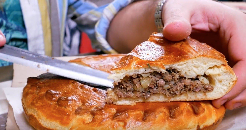 Пирог с говядиной и картошкой-min
