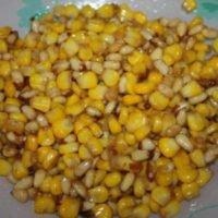 Кукуруза с кедровыми орехами