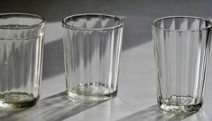 Символ СССР - граненый стакан. Помните такой?